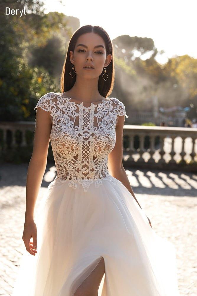 Brautkleid in A- Linie mit Tüllrock, Spitze, ivory